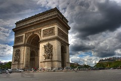 Storm Clouds (grahamhutch) Tags: sun storm paris cars sunshine rain clouds digital canon rebel exposure traffic wideangle tourists mayhem hdr larcdetriomphe xti 400d canon1740f4lusm ctaitunrendezvous