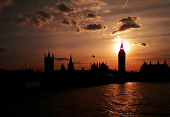 September sun .... (l'enfer) Tags: uk london westminster evening unitedkingdom housesofparliament parliament bigben whitehall blueribbonwinner abigfave flickr4 ysplix flickrturns4