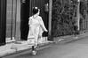 Atemporal (Pulsarín) Tags: bw woman byn blancoynegro japan blackwhite mujer kyoto candid maiko gion 2010 japón robado tamron1750mm nikond90 mameharu まめ春