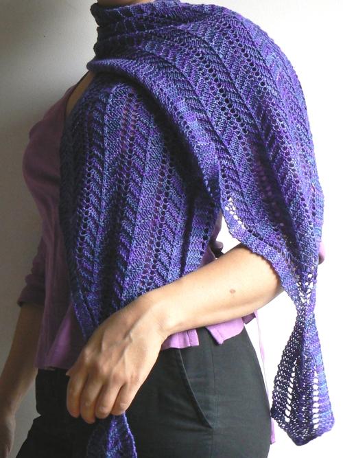 violet shawlette