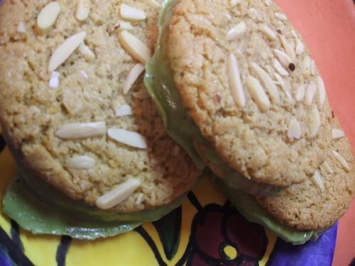 favouritealmondcookies3