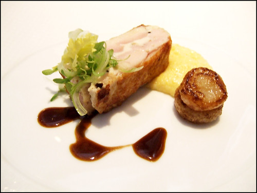 The French Laundry (Yountville) - FOUR STORY HILLS FARM 'POULARDE'