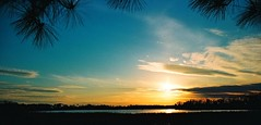 Colonial Parkway Sunset (avpjack) Tags: blue sunset history film virginia anniversary colonialwilliamsburg canonrebelt2 jamestown jamesriver colonialparkway beautifulday collegecreek