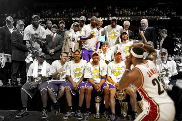 LeBron LA photo