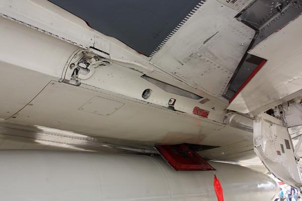 EAA10_F-4E_56
