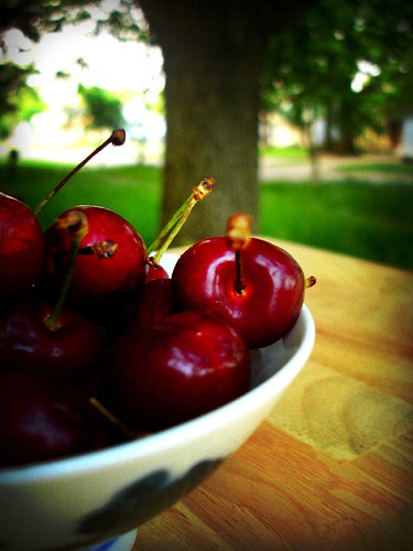 lomo cherries