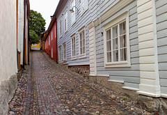 Porvoo old town (JarkkoS) Tags: road summer wallpaper finland nokia alley explore smartphone rainy uphill porvoo nseries n95 multimediacomputer