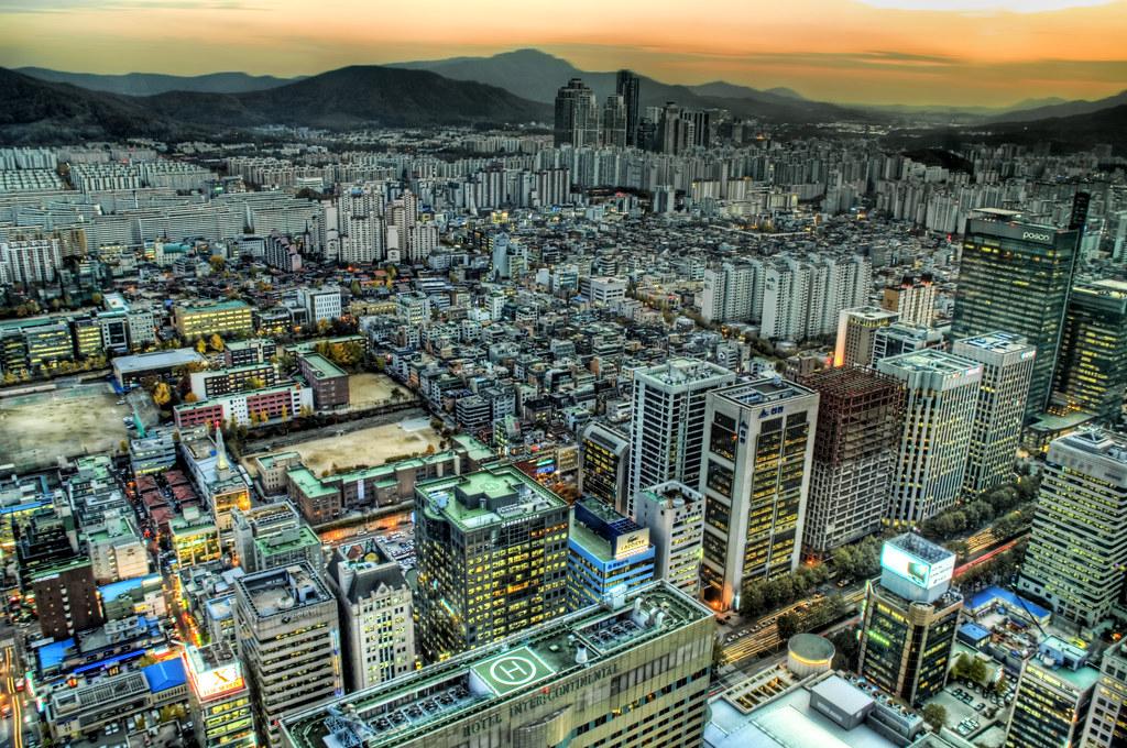 Seoulset... Evening Falls in Korea