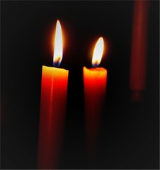 VELAS ENCENDIDAS (ABUELA PINOCHO ) Tags: eye luz negro vela magical velas fondo apagon encendidas simplyelegant mywinners flickrgold anawesomeshot ltytr1 isawyoufirst flickrenvy amazingshots ysplix ithinkisart pabilo a3b seeorwrite