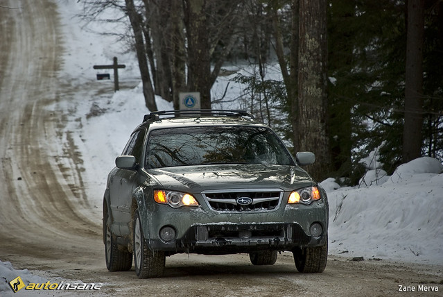 road test snow green car wagon movement action review subaru outback 2009 awd zanemerva autoinsane