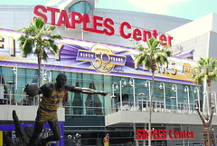 Staples Center (theo0023) Tags: statue la losangeles magic johnson lakers magicjohnsonstatue