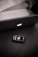 Mac attacking N95 - by Inferis