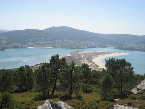 Esteiro do río Anllóns e barra de Balarés. Ponteceso