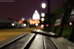 127/365 (Danilo.Lewis|Fotography) Tags: bench washingtondc nightlights nightshot noflash dcist 2010 capitolbuilding may7 thenationalmall project365 sooc dcnight 365project we3dc canont1i danilolewis|fotography