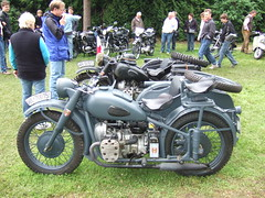 military sidecar (John Steam) Tags: classic festival germany bayern military motorbike brewery motorcycle oldtimer k750 sidecar 2010 motorrad beiwagen gespann kmz schoenram seitenwagen schönram