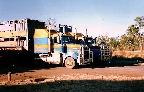 Kenworth-ROAD TRAINS-NT Australia