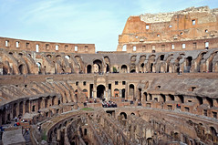 Italy-0667 (archer10 (Dennis) 99M Views) Tags: italy canada rome roma nikon tour roman trafalgar free colosseum dennis jarvis archaeological d300 iamcanadian 18200vr trafalgartours freepicture 70300mmvr dennisjarvis archer10 dennisgjarvis