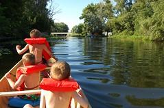 boys_canoe