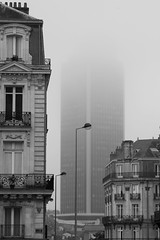 Tour fantme (Pascal GOYAUD - PHOTOS SENSIBLES) Tags: brouillard nantes toutdebretagne