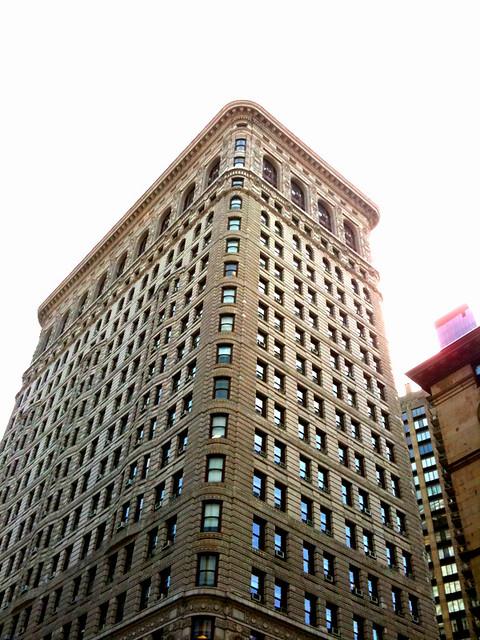 backside of the Flatiron Building #walkingtoworktoday