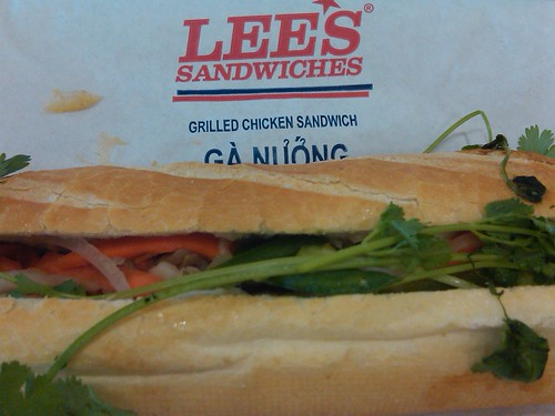 Oh Lee, how I love your sandwiches!! Mmm nom nom!