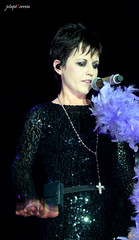 the cranberries (JotaP Correia) Tags: show light brazil music brasil photography photo focus zombie empty fortaleza cear dreams wanted how shattered salvation msica quarteto linger palco youandme promises animalinstinct astralprojection mikehogan thecranberries analyse justmyimagination ridiculousthoughts noelhogan bandamusical putmedown eletricblue whenyouregone odetomyfamily conjuntomusical siarhall icantbewithyou theiciclemelts daffodillament freetodecide jotapcorreia fergallawler doloresoriordan desparateandy waltzingback