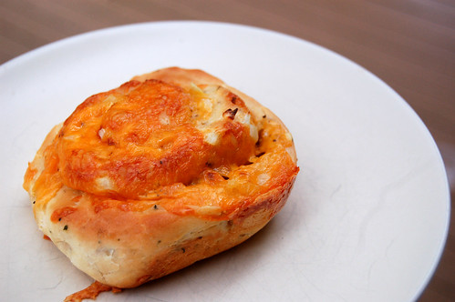 cheese onion garlic rolls