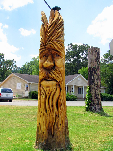 Kingston Springs carved tree stump