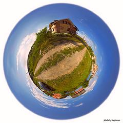 Dacho_Pano_3-globe_300