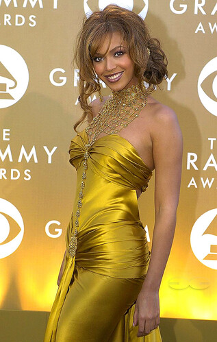 beyonce celebrity sexy gold gown