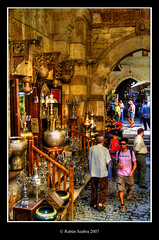 The Khan Al-Khalili Market - HDR (*atrium09) Tags: travel people topf25 market egypt olympus mercado cairo khan egipto bazaar hdr arcs bazar arcos amphoras photomatix alkhalili anforas atrium09 mywinners diamondclassphotographer superhearts rubenseabra theperfectphotographer