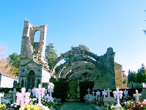 Igrexa de Santa Mariña de Dozo by amaianos