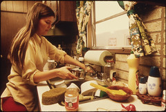 Housewife in the Kitchen of Her Mobile Home in One of the Trailer Parks... (The U.S. National Archives) Tags: food cooking kitchen minnesota trailerpark mobilehome housewife kitchensink newulm environmentalprotectionagency trailerhome newulmmn documerica gerberbabyfood usnationalarchives joydishwashingliquid nara:arcid=558298 newulmminnestoa joydishwashingsoap