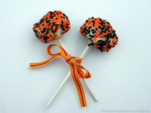 Mini Gingerbread Pumpkin Muffin Pops