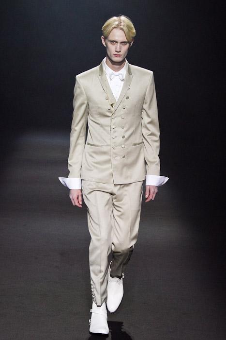 Nicolai Haugaard3060_SS11_Tokyo_Lad Musician(Fashionsnap)