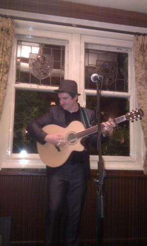 Ronan Macmanus live in Ealing