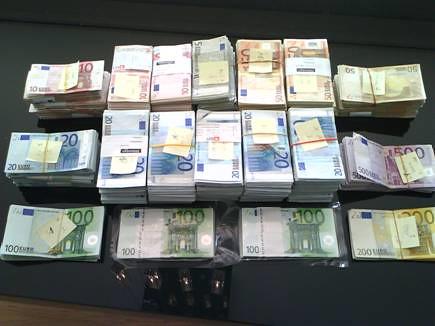 Dinero encautado