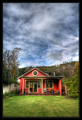 The Red Cottage (Pepeketua) Tags: new red christchurch house garden bay cottage redcliffs zealand hdr photomatix moncks hdrenfrancais