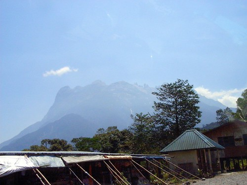 Looking @ Mt. Kinabalu