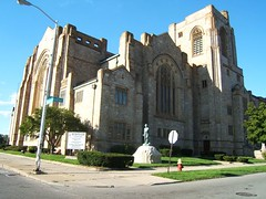 Historic Metropolitan United Methodist Church on Woodward in Detroit ( Piety Hill ) (DetroitDerek Photography ( ALL RIGHTS RESERVED )) Tags: brick church beautiful stone downtown god michigan religion detroit sunny chapel hunter woodward methodist highlandpark piety
