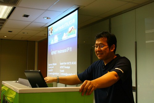 MVP Chalermvong and his session - ASP.NET Performance Up!