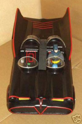 batman_batmobile_1-8scale