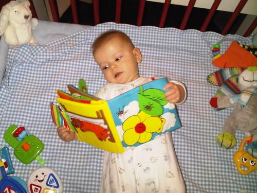 Sebas leest graag:)