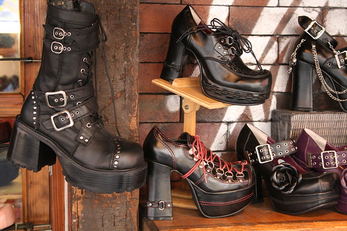 Gothic shoes, Takeshita Dori