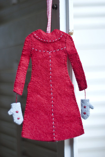 red coat ornament 3