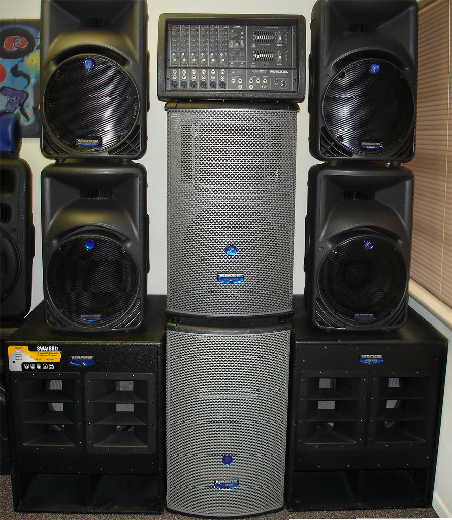 powered speaker rental los angeles 1-310-999-3510