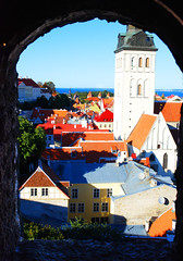 Tallinn, old Tallinn. ( Triin Q) Tags: city roof sea church tallinn estonia oldtown tallin redroofs vanalinn triin niguliste nigulistechurch