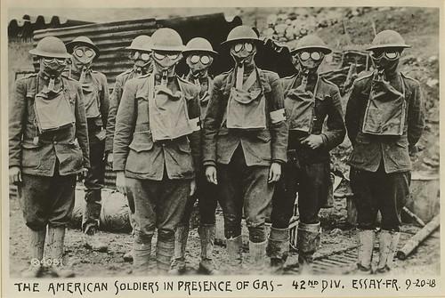 world war 1 soldiers. World War 1 volume on Gas