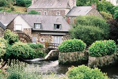 La Moulin (friendlyflamingo) Tags: summer france mill water river iso200 nikon breizh britanny watermill breton trieux pontrieux