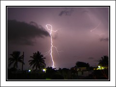 El poder del Universo The power of the Universe (wilber.elsalvador) Tags: sky naturaleza storm nature clouds canon eos lluvia power natur natura wilber elsalvador lightning rayo thunder highvoltage true